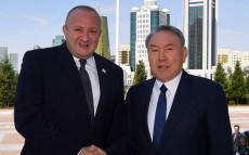 Meeting with Giorgi Margvelashvili, Georgian President, who arrived in Kazakhstan with an official visit