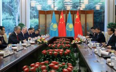 President of Kazakhstan Kassym-Jomart Tokayev met with Li Keqiang, Premier of the State Council of the People's Republic of China